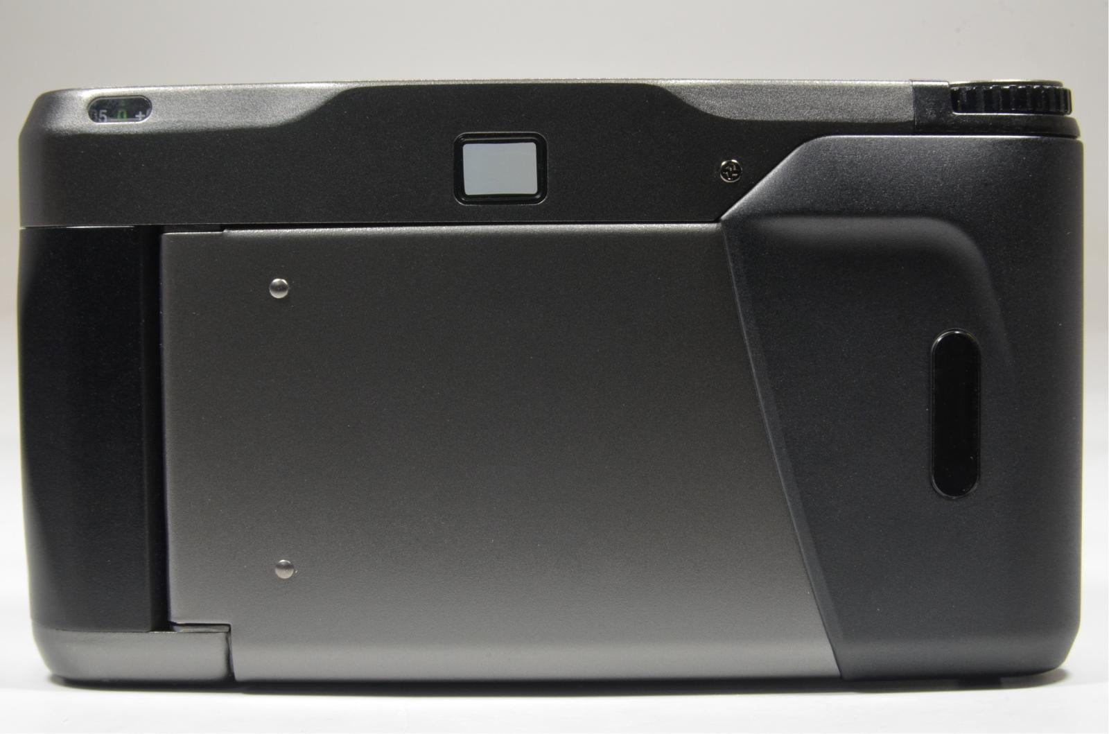 contax t2 titanium black 35mm film camera with full leather case
