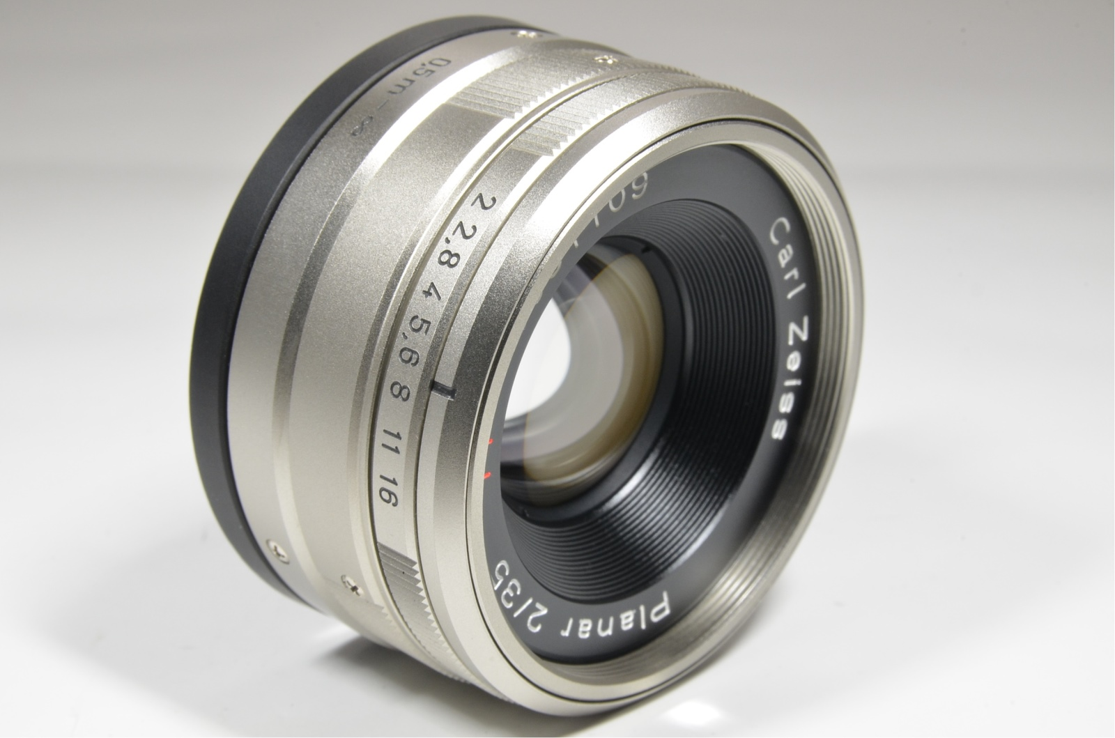 contax carl zeiss planar t* 35mm f2