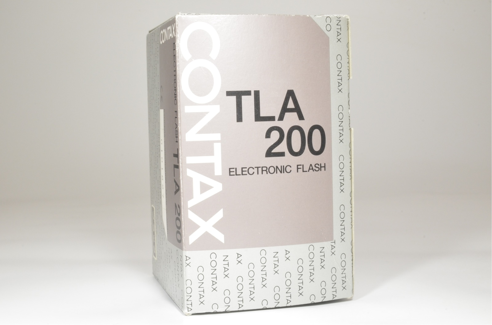 contax flash tla200 black in boxed for g1 g2