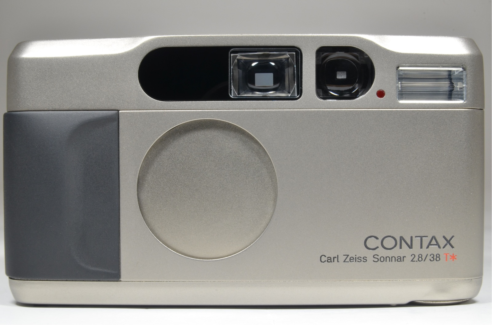 contax t2 point & shoot 35mm film camera in boxed