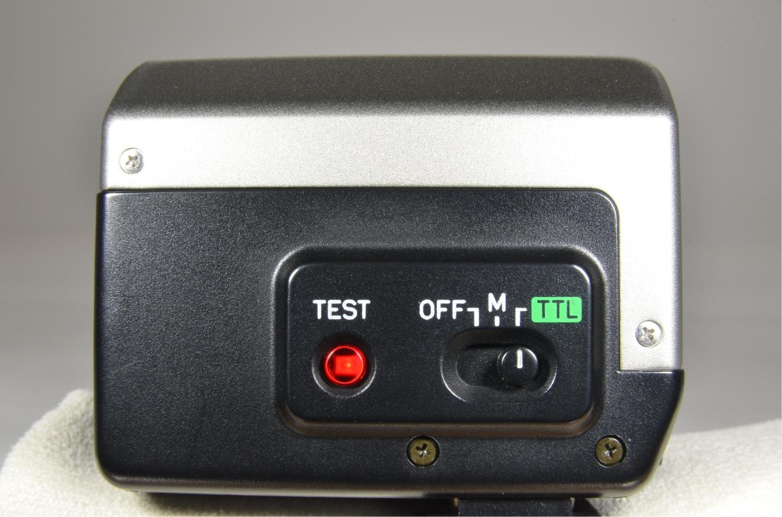 contax g2 boxed with planar 45mm f2, biogon 28mm f2.8, sonnar 90mm f2.8, tla200