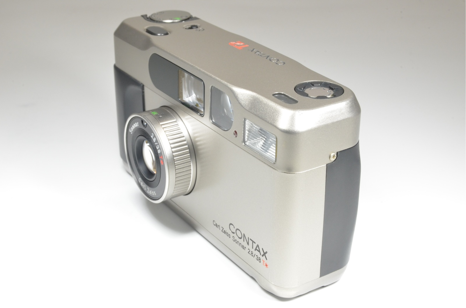 contax t2 titanium silver point & shoot 35mm film camera #a1106 from japan