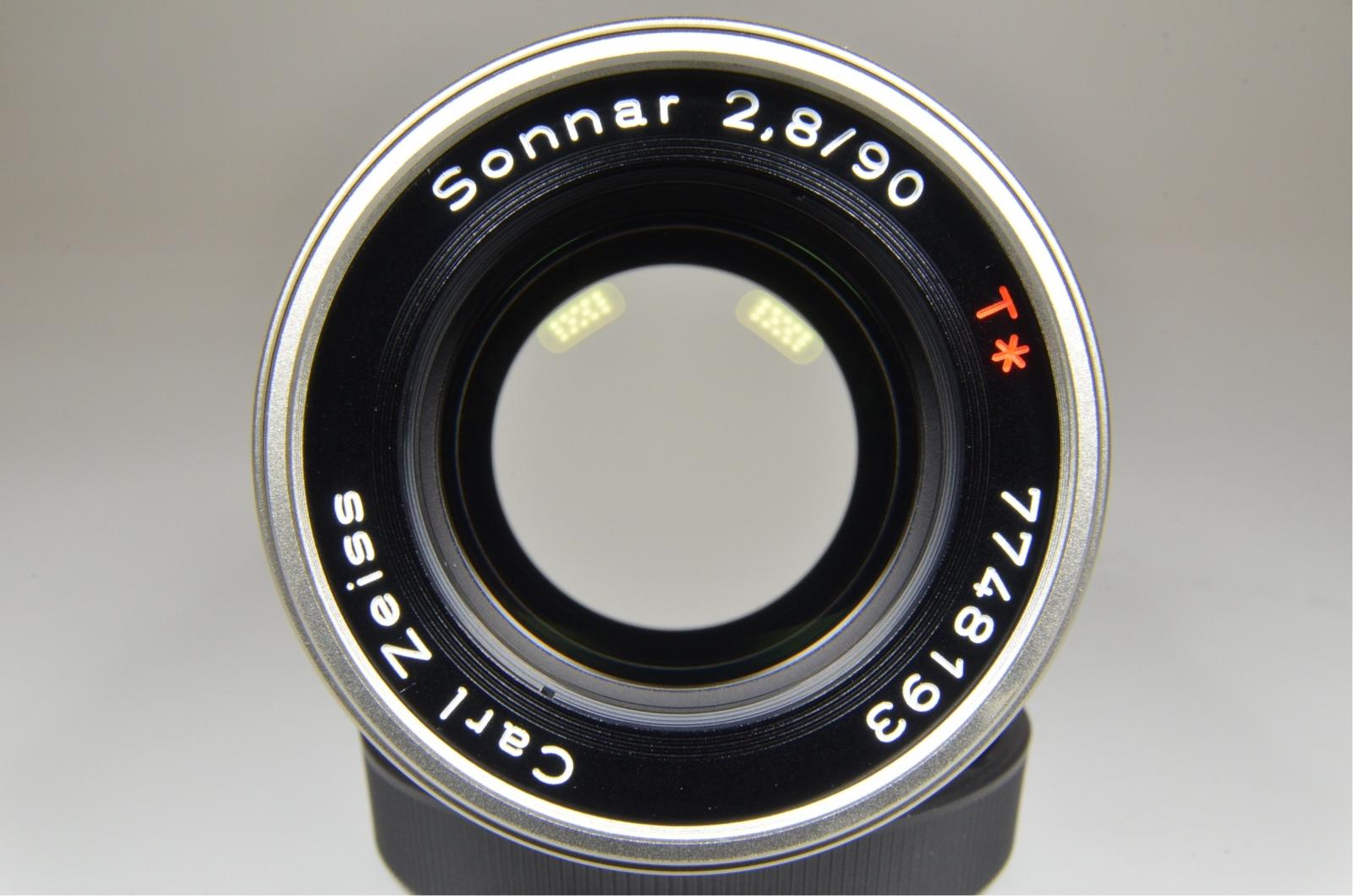 contax g2 camera with planar 45mm f2, biogon 28mm f2.8, sonnar 90mm f2.8, tla200