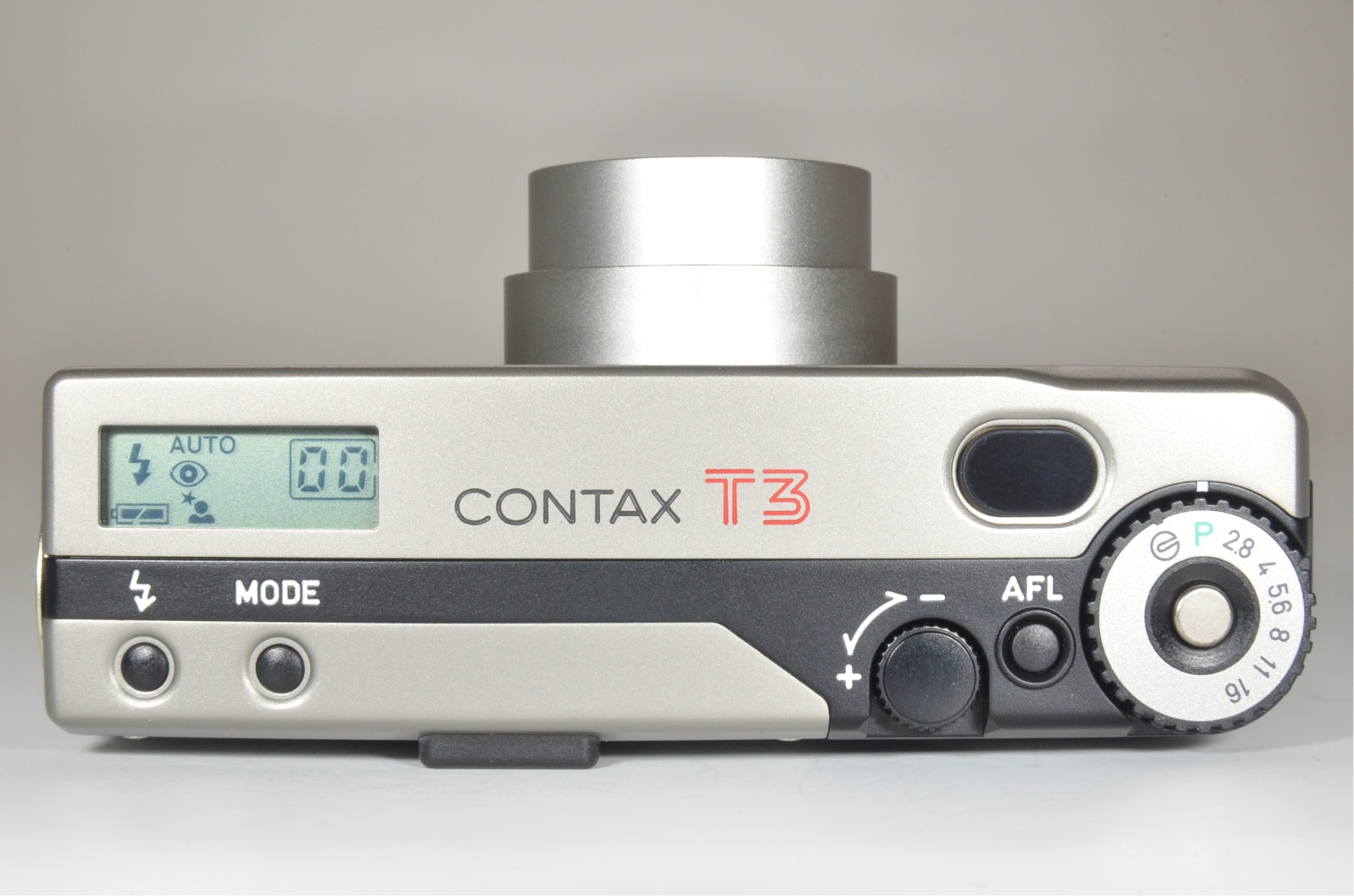 contax t3 double teeth boxed w/ leather case, adapter and 2 filters