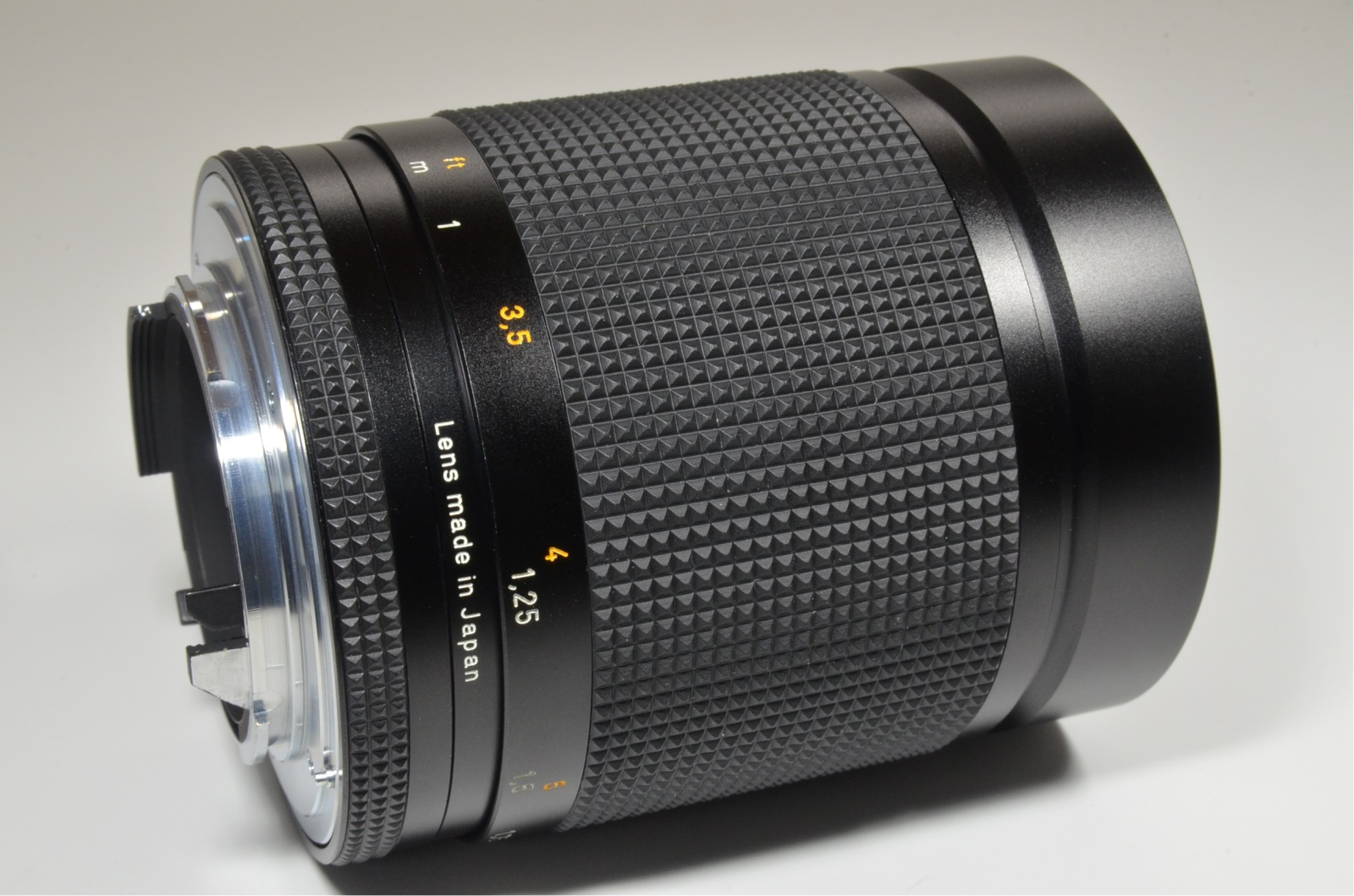 contax carl zeiss planar t* 100mm f2 mmj made in japan