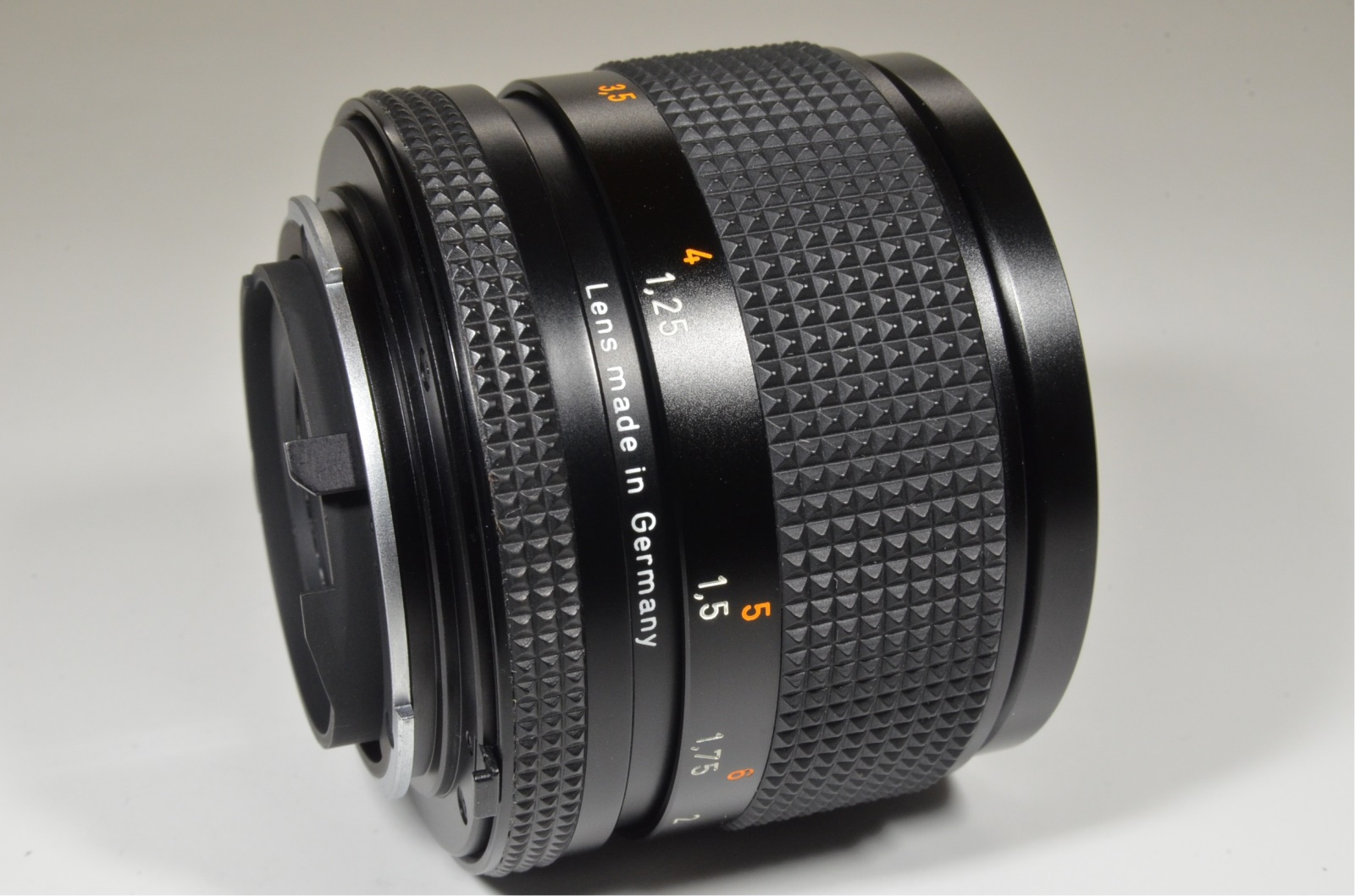 contax carl zeiss sonnar t* 85mm f2.8 mmg germany