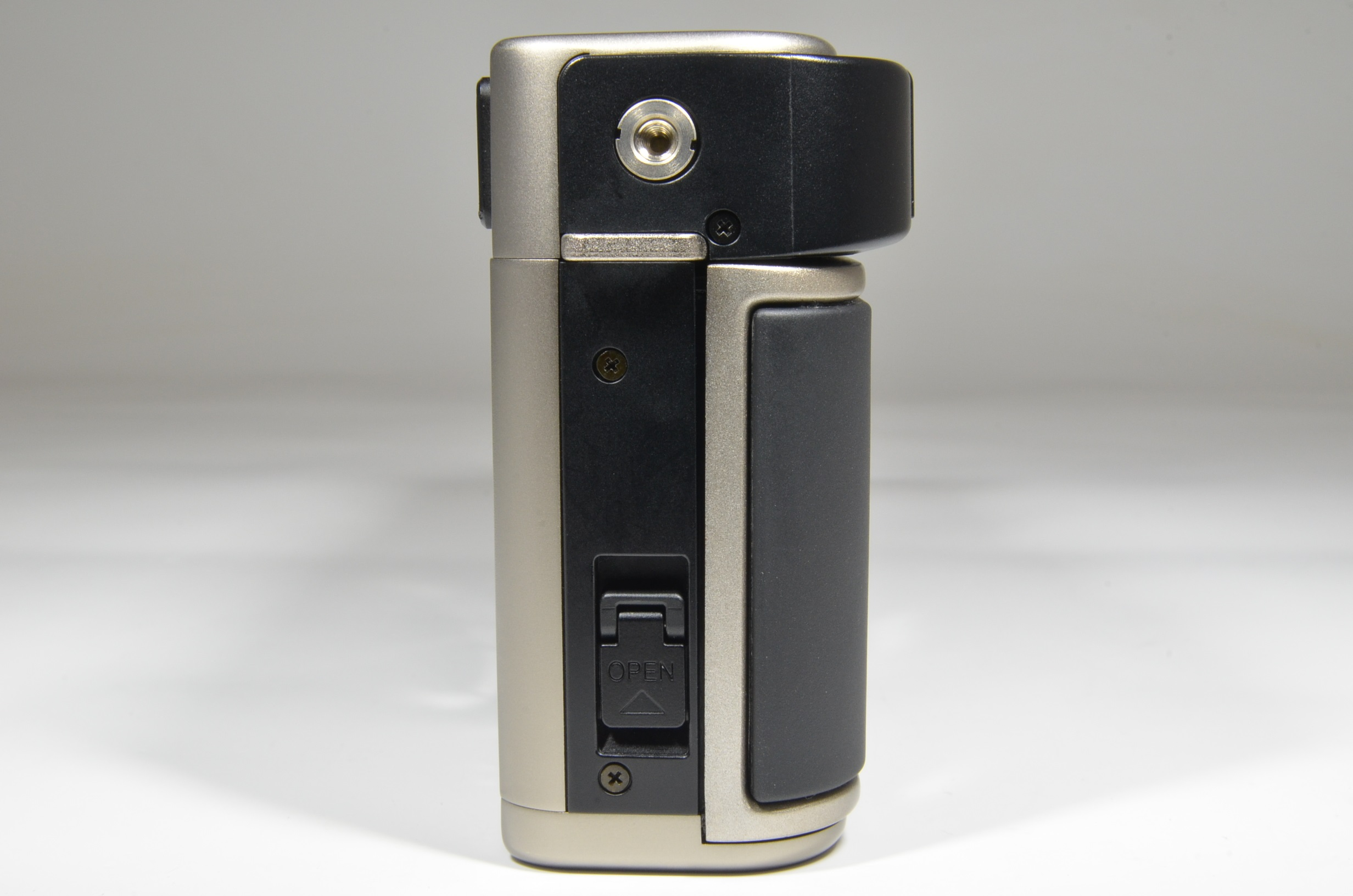 fujifilm tx-1 35mm film camera with fujinon super-ebc 45mm f4