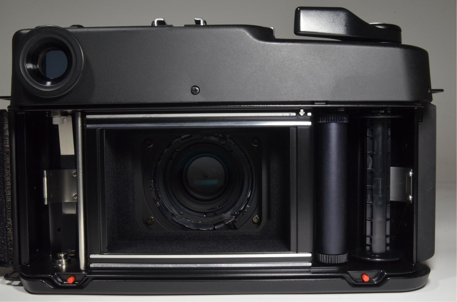 fujifilm gw690iii professional ebc 90mm f3.5 with flash sunpak auto 3075g