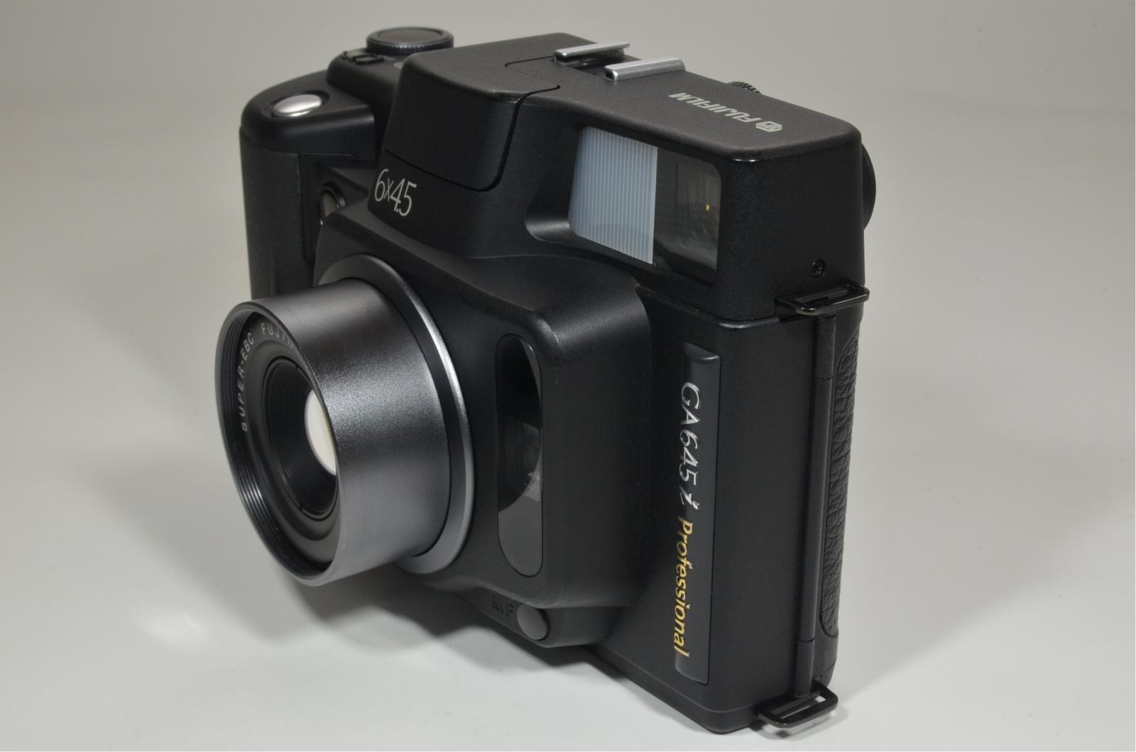 fujifilm ga645i professional fujinon 60mm f4 shutter count '400'