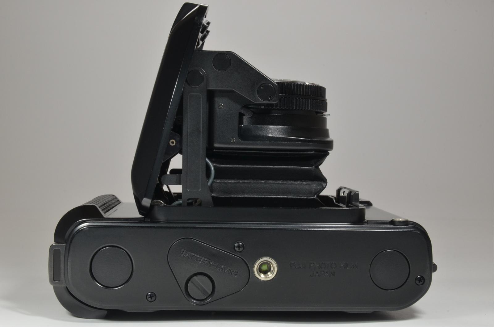 fujifilm fujica gs645 film camera 75mm f3.4 w/ lens filter and hood