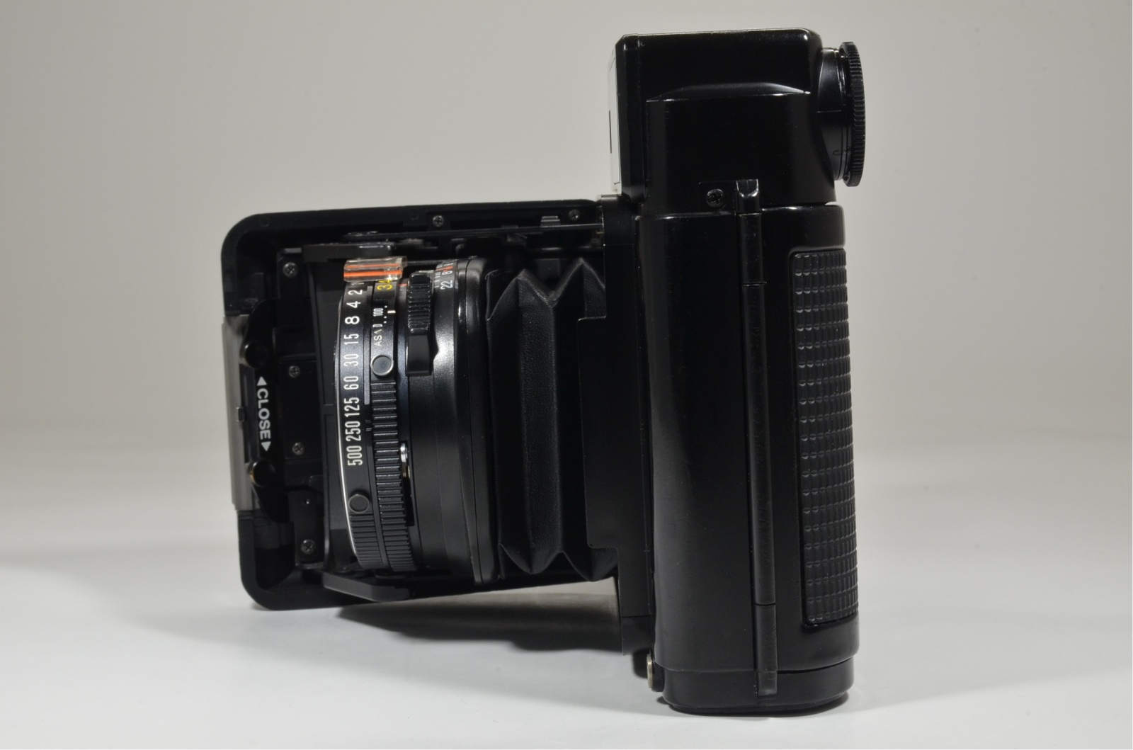 fujifilm fujica gs645 film camera 75mm f3.4 from japan
