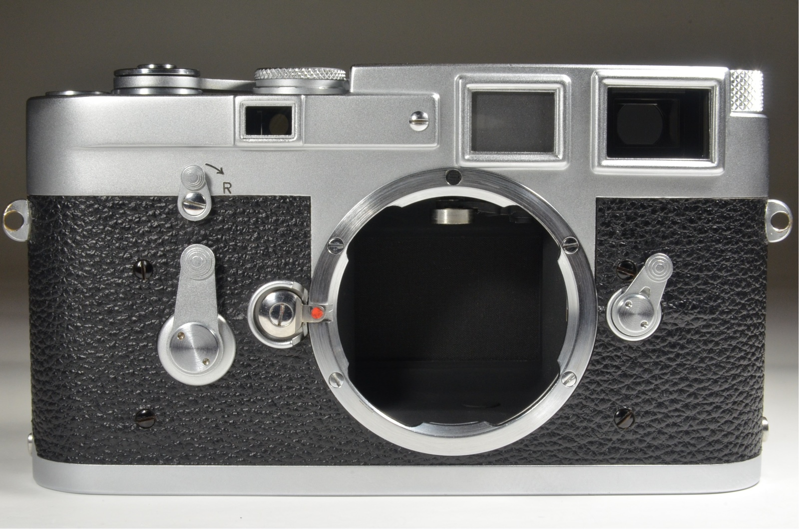 leica m3 single stroke year 1961 rangefinder s/n 1024327 with strap