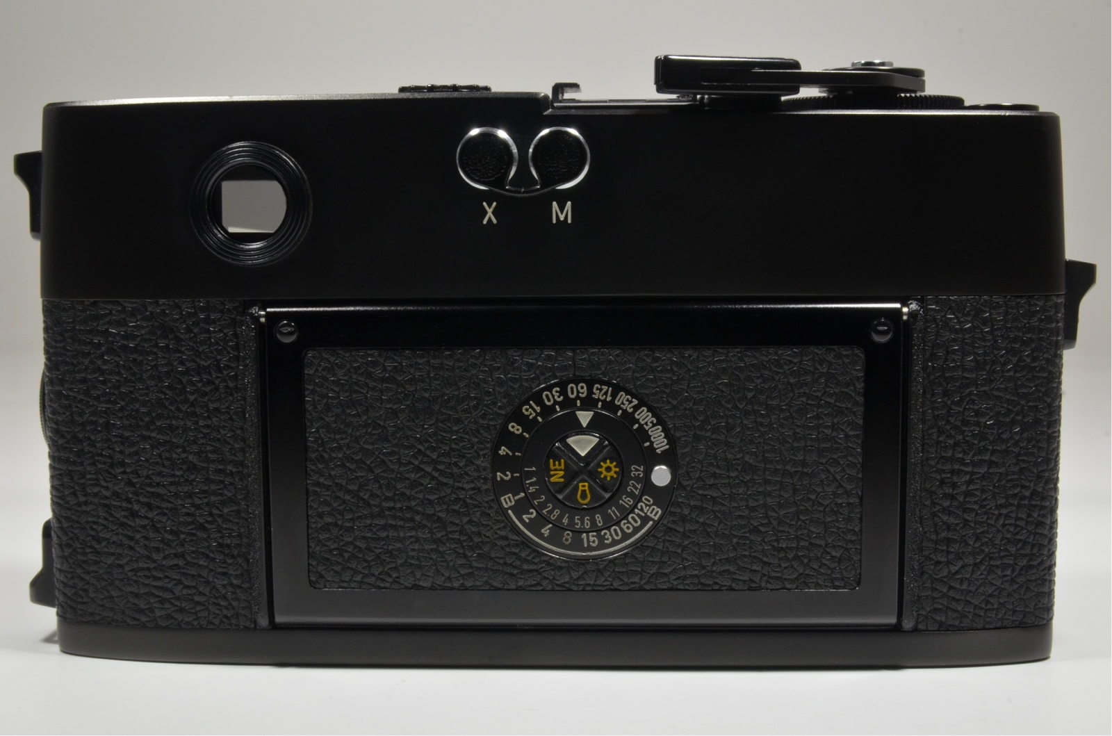 leica m5 black 3 lug year 1973 s/n 1377559 rangefinder camera