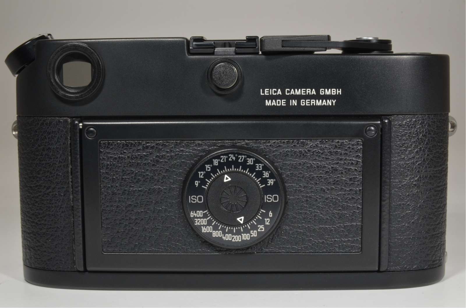 leica m6 black body in boxed 35mm rangefinder with half case and strap