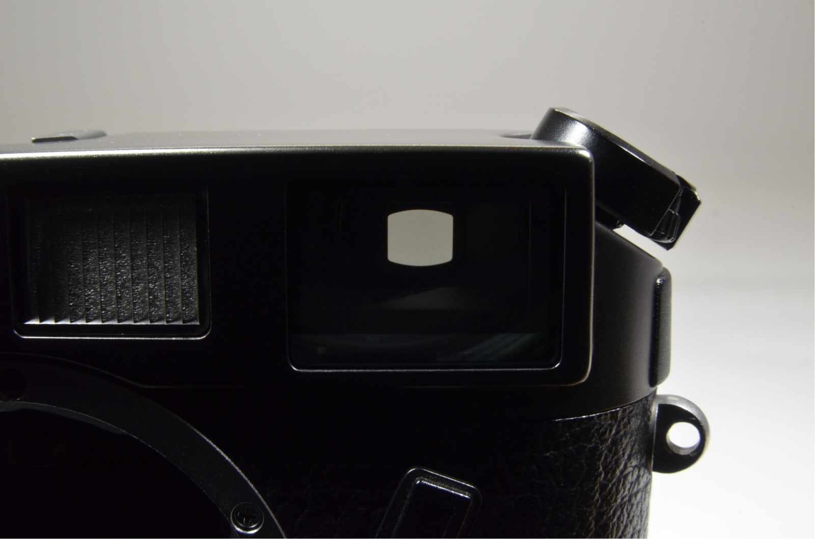 leica m6 black body in boxed 35mm rangefinder film camera