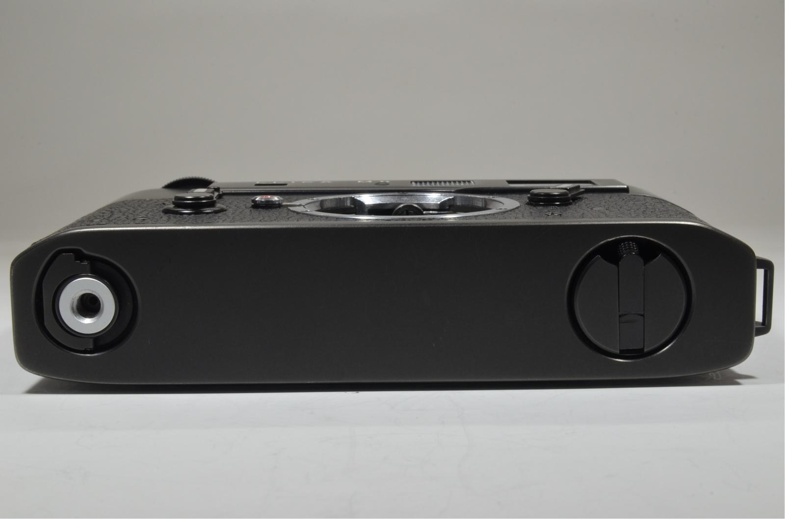 leica m5 black 3 lug serial no.1377108 year 1973 with l seal