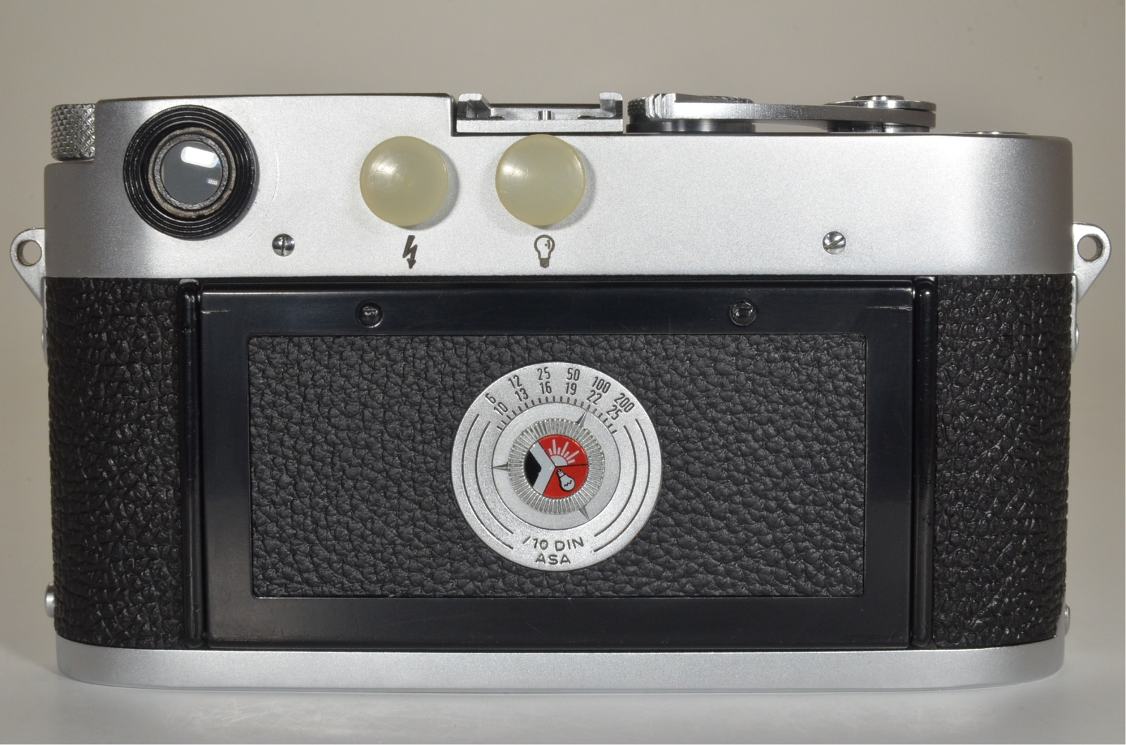 leica m3 double stroke s/n 758390 year 1955 the camera cla'd recently