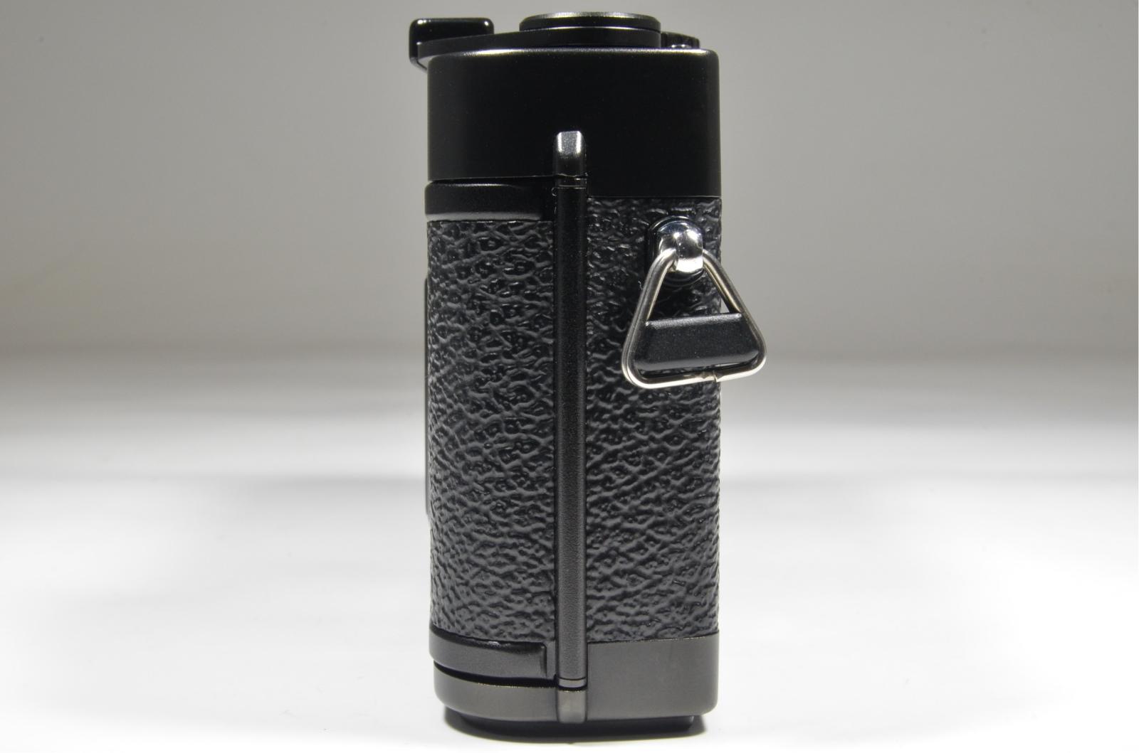 minolta cle, m-rokkor 28mm f2.8, 40mm f2, flash auto cle