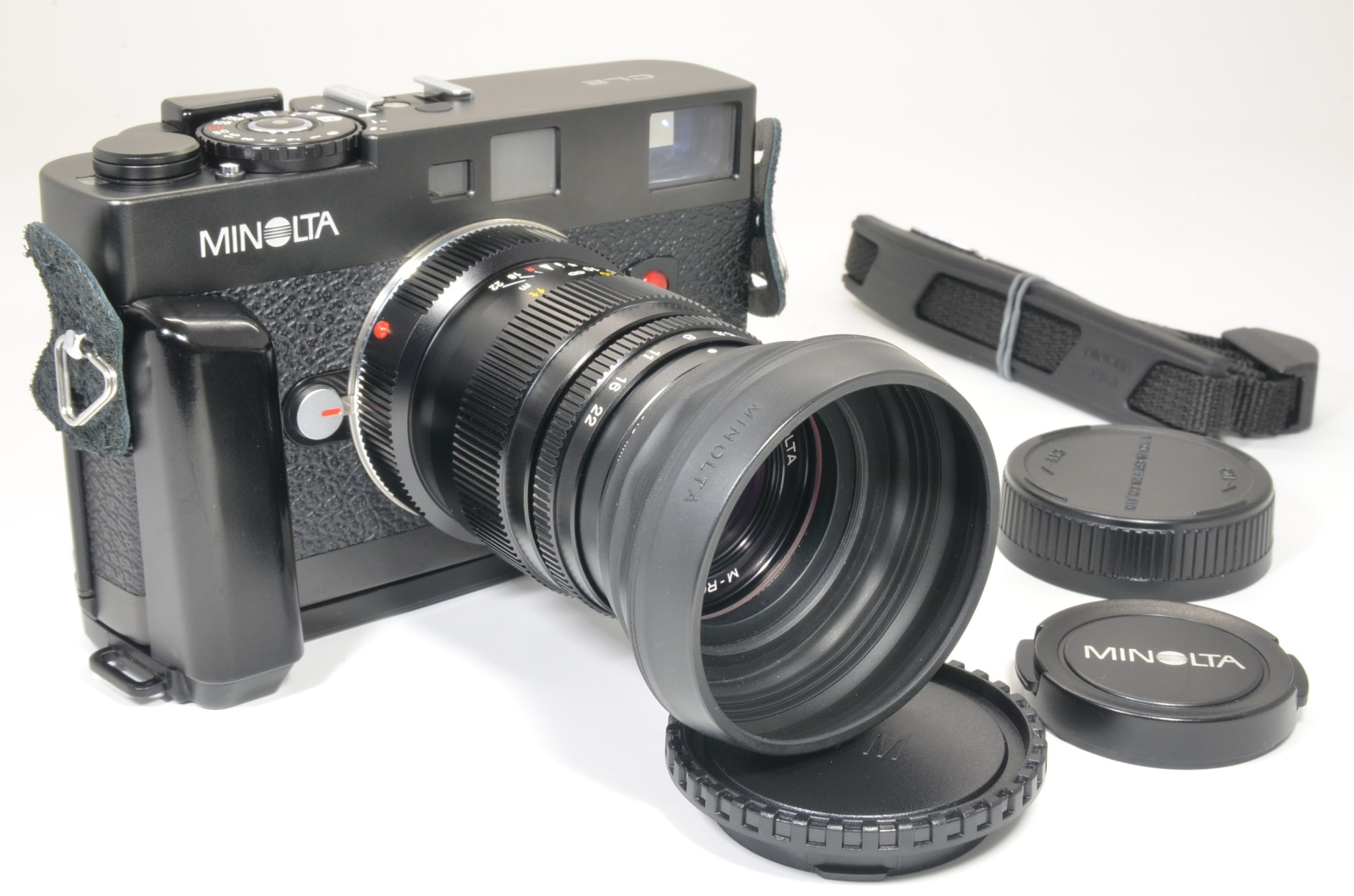 minolta cle 35mm film camera w/ grip and m-rokkor 90mm f4 shooting tested
