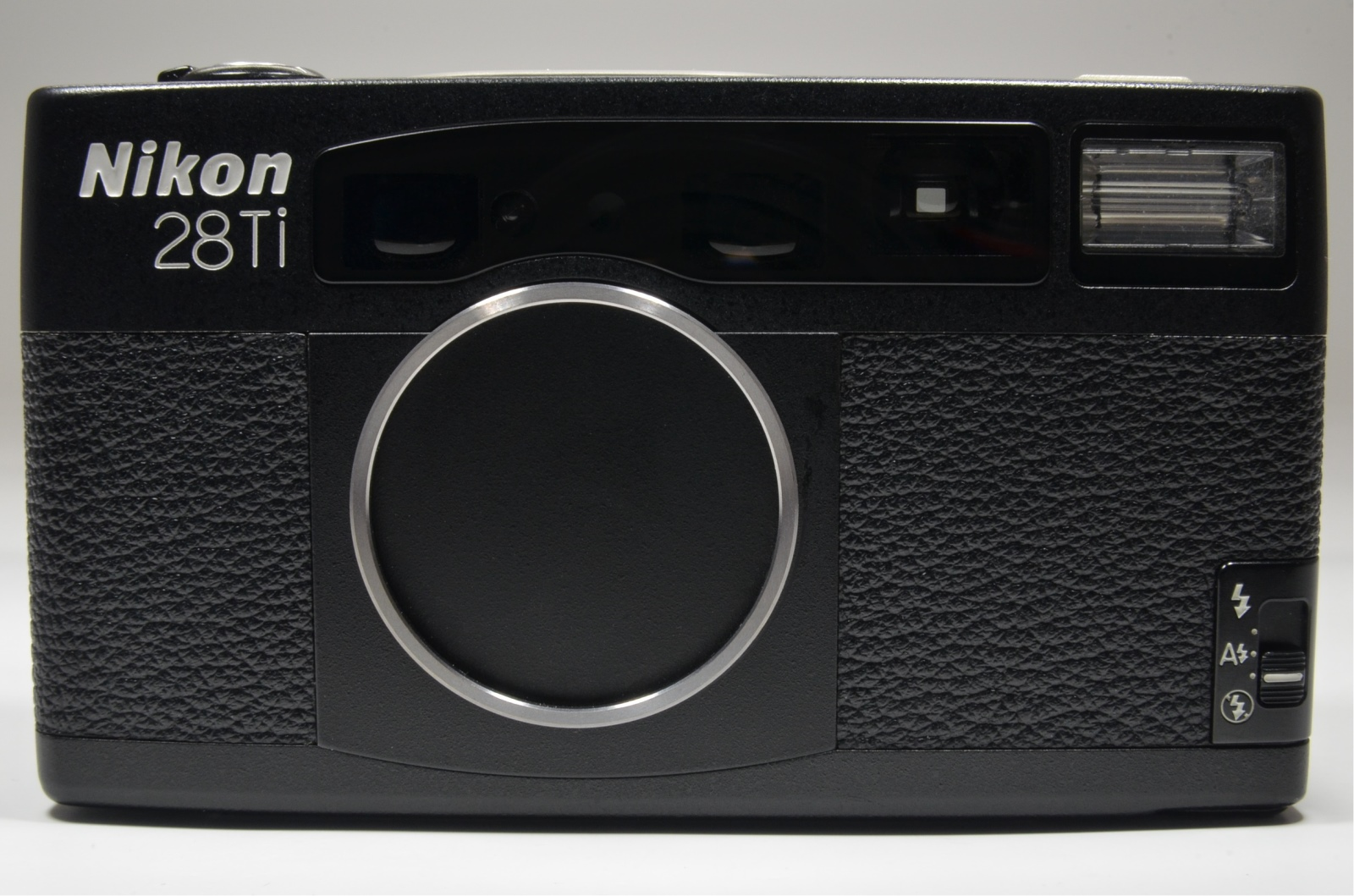 nikon 28ti 35mm point & shoot film camera