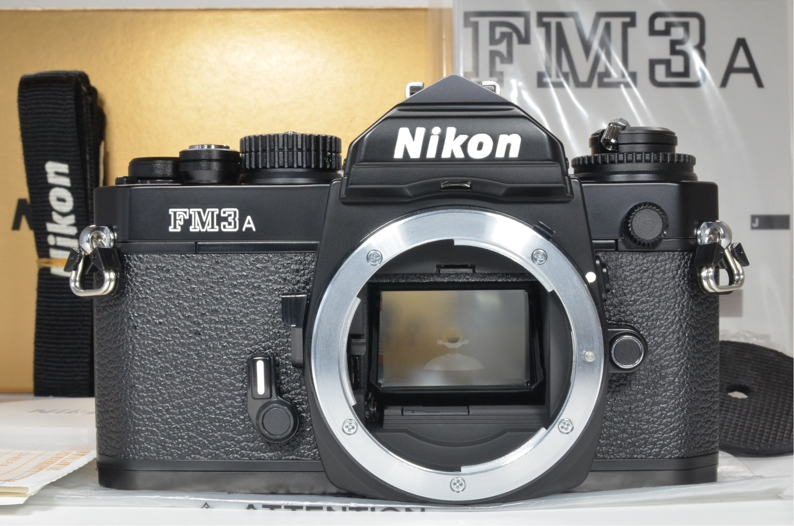 nikon fm3a 35mm film camera black 'unused'