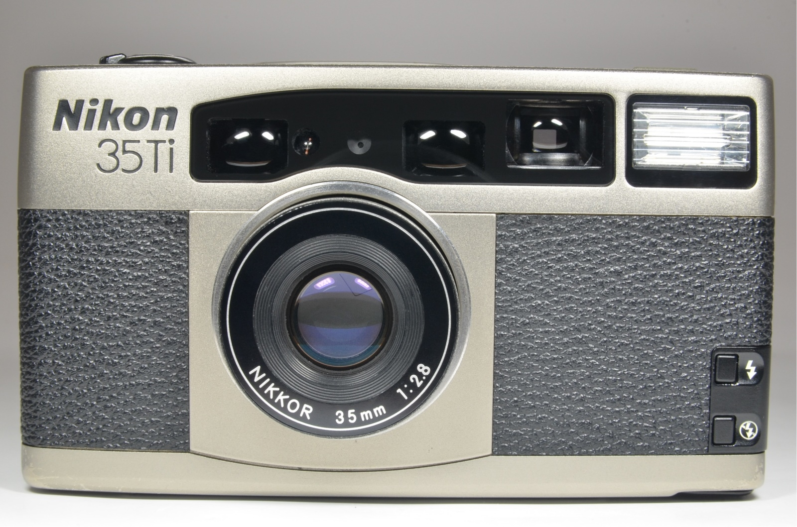 nikon 35ti point & shoot 35mm film camera 35mm f2.8 from japan