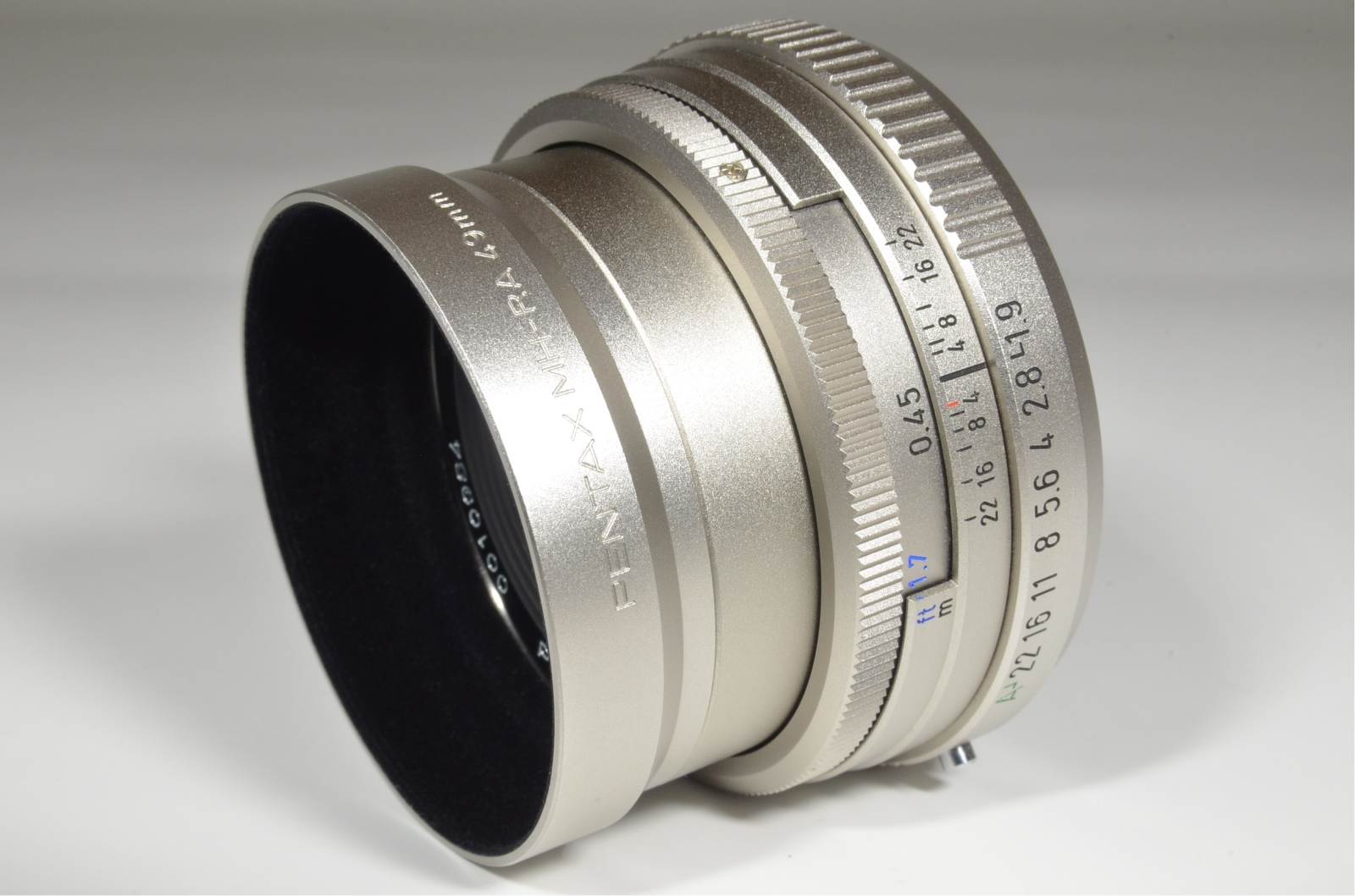 pentax smc fa 43mm f1.9 silver limited lens